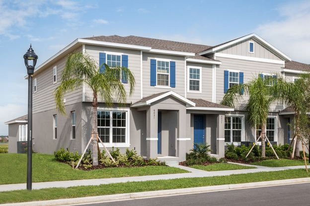 Elegant Townhome Living:Low-maintenance living in highly desired Winter Garden.Visit us today to learn more about Hamilton Gardens, a one-of-a-kind Horizon West Community.