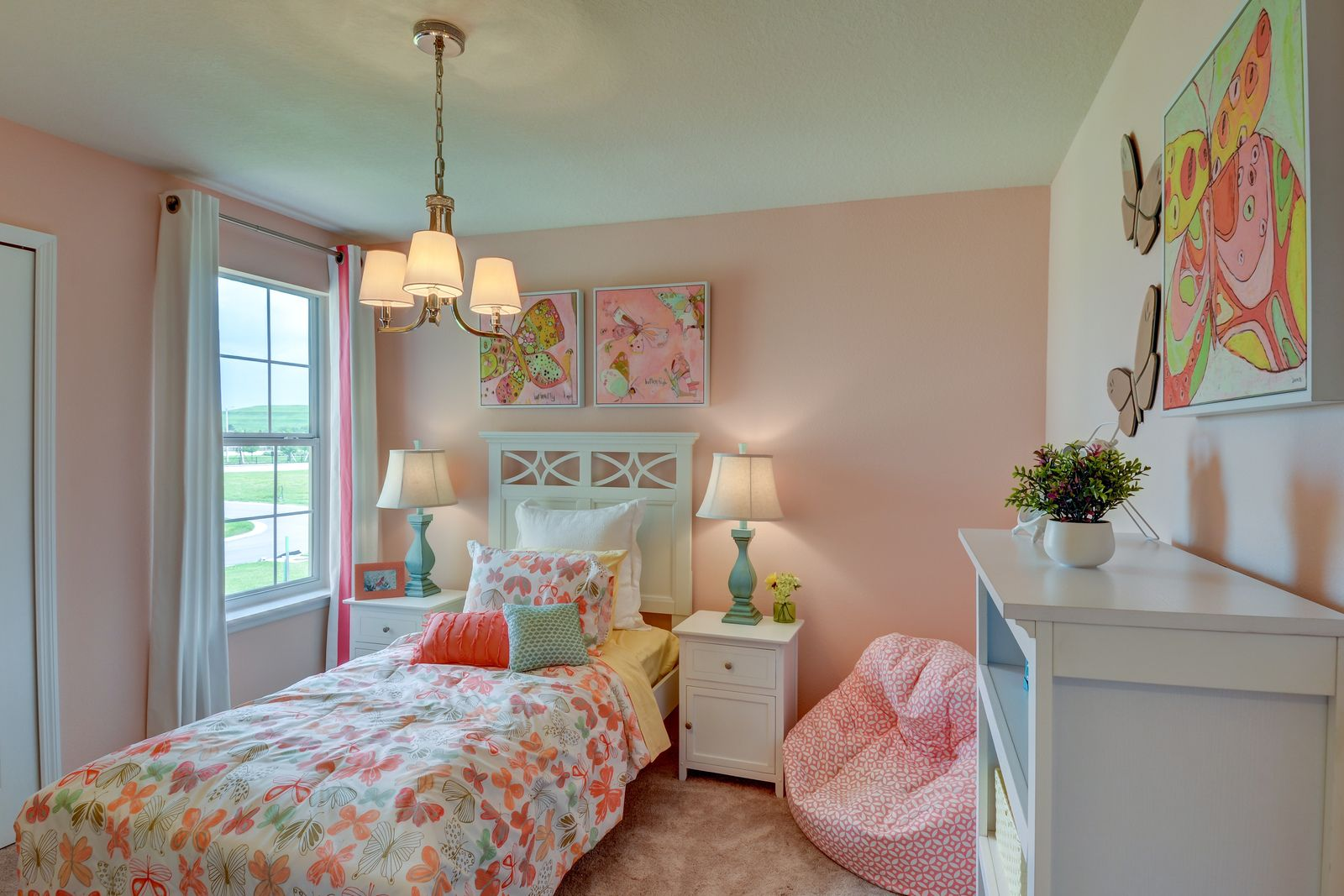 Bedroom-in-Largo-at-Victoria Trails-in-Deland