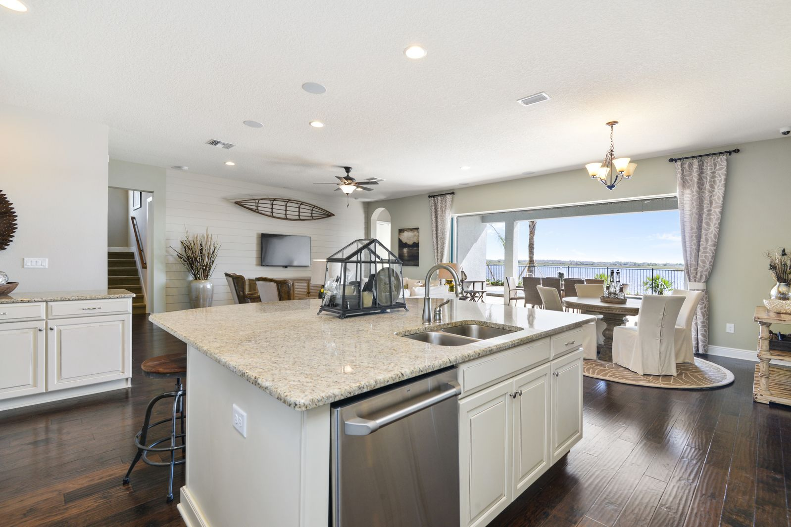 Kitchen-in-Pompano-at-Lucaya Lake Club - Premier Lakefront-in-Riverview