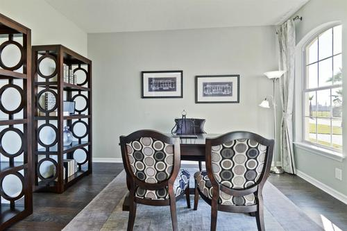Study-in-Sandpiper Point-at-Lucaya Lake Club - Executive-in-Riverview