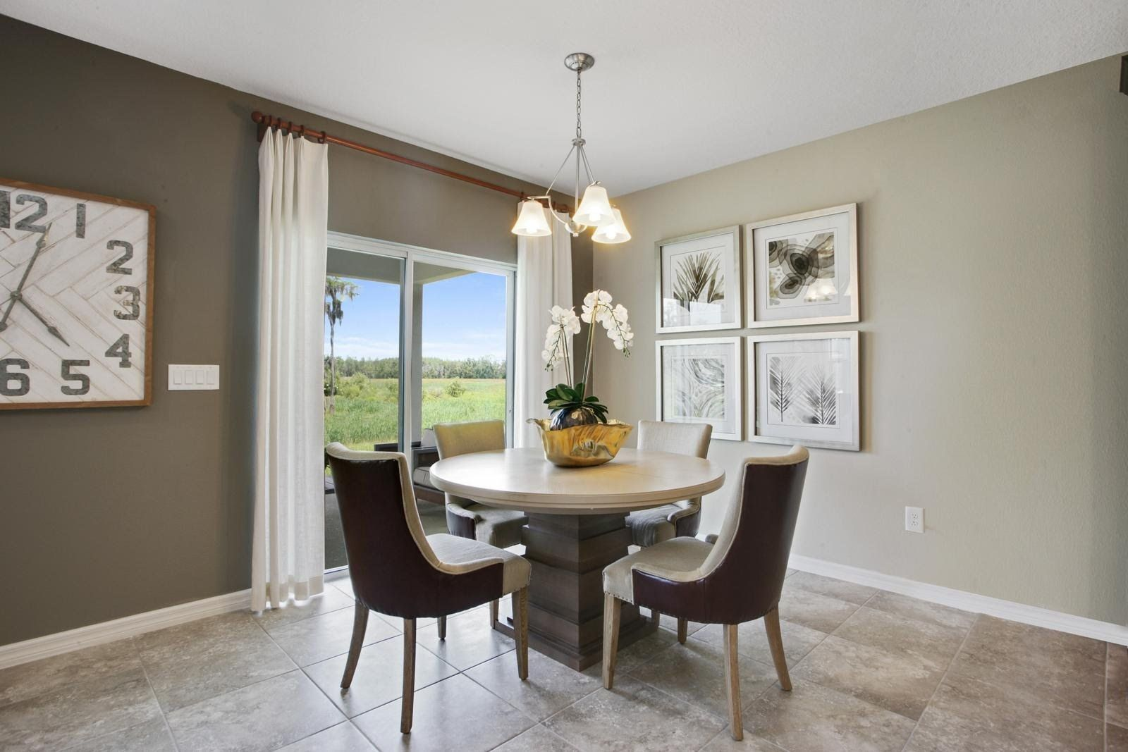 Breakfast-Room-in-Parkland-at-Serenoa-in-Clermont
