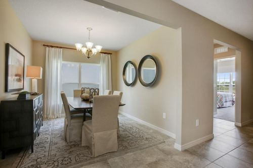 Dining-in-Parkland-at-Forest Lake Estates-in-Ocoee