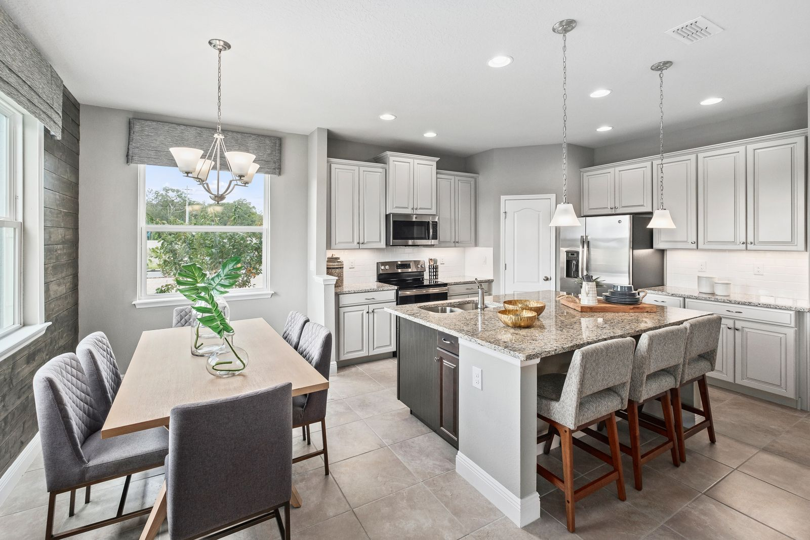 Kitchen-in-Estero Bay-at-Orchid Estates-in-Apopka