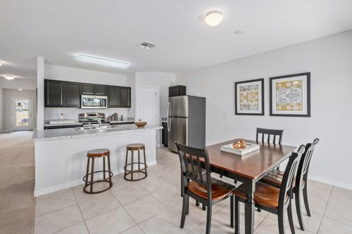 Kitchen-in-F1722-at-Bayberry-in-Gibsonton