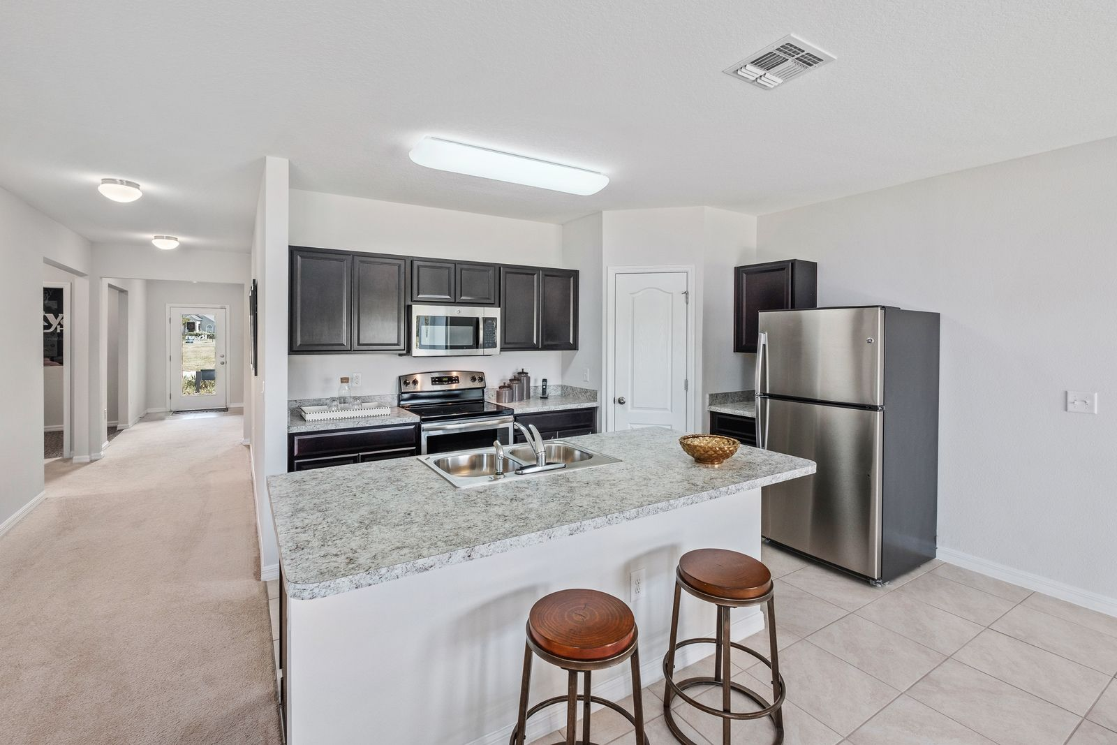 Kitchen-in-F1722-at-Oakland Lake-in-Fort Pierce