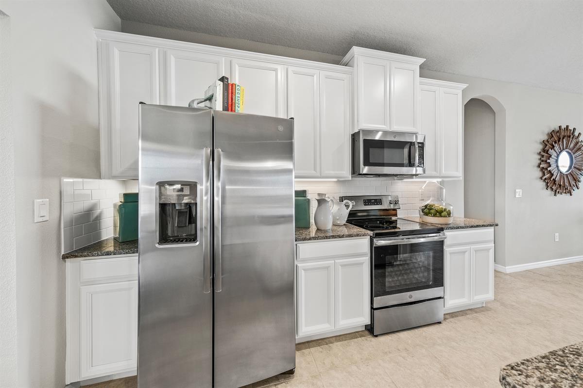 Kitchen-in-Sandpiper Point-at-Shadow Ridge-in-Orange City