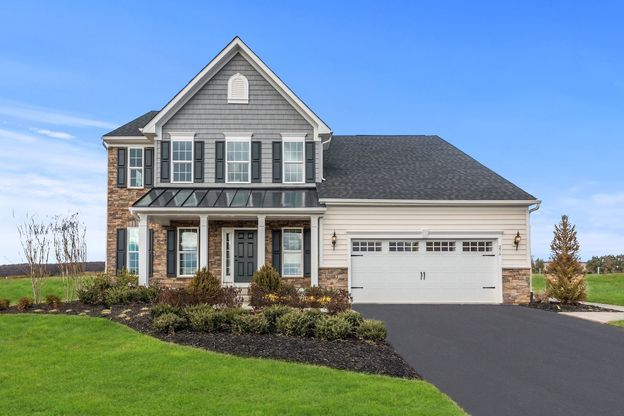 WELCOME HOME TO LEXINGTON FARMS!:Ranch and 2-story homes on large homesites, minutes to Washington Square, The Strip, Belden Village and I-77!Click here to schedule your visit today!