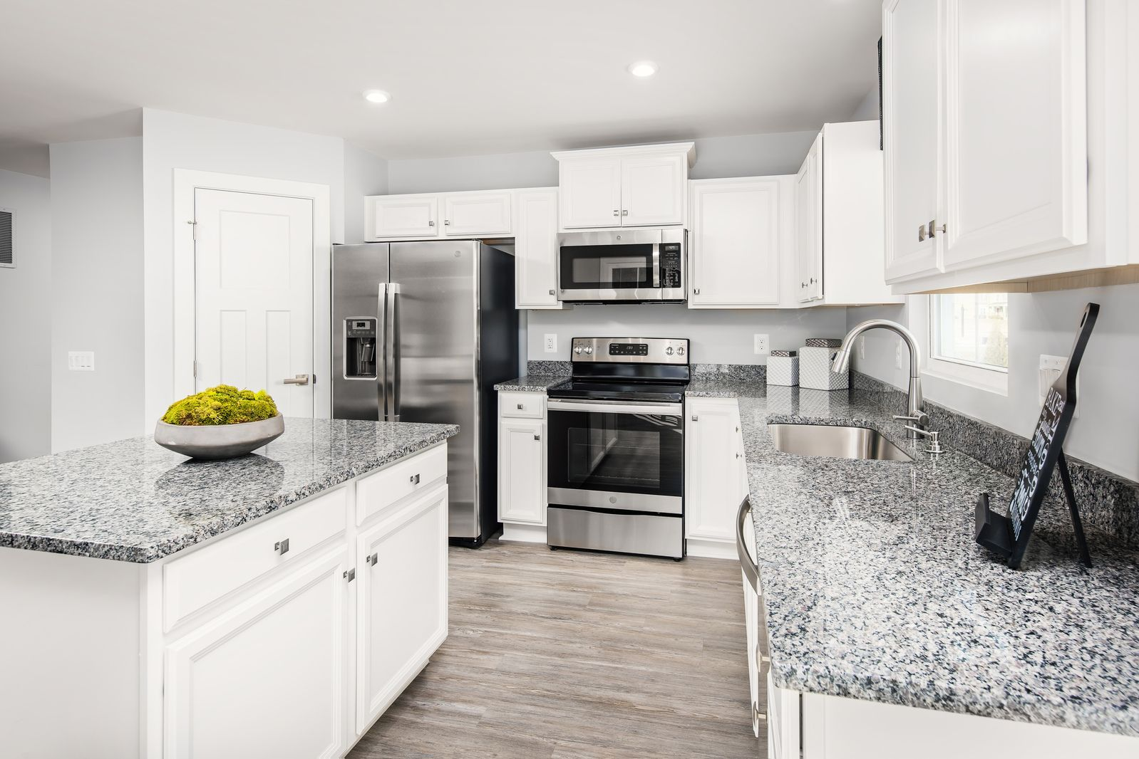 Kitchen featured in the Grand Bahama By Ryan Homes in Greenville-Spartanburg, SC