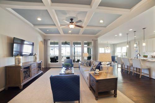 Greatroom-and-Dining-in-Carolina Place-at-Piatt Estates-in-Washington