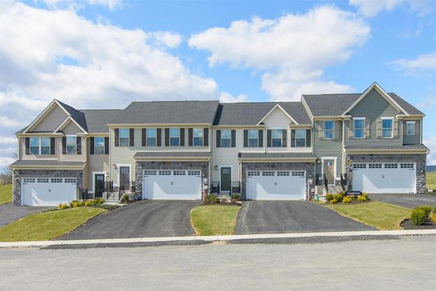 Welcome to Stray Winds Farm:Where luxury townhomes meet modern convenience and scenic beauty