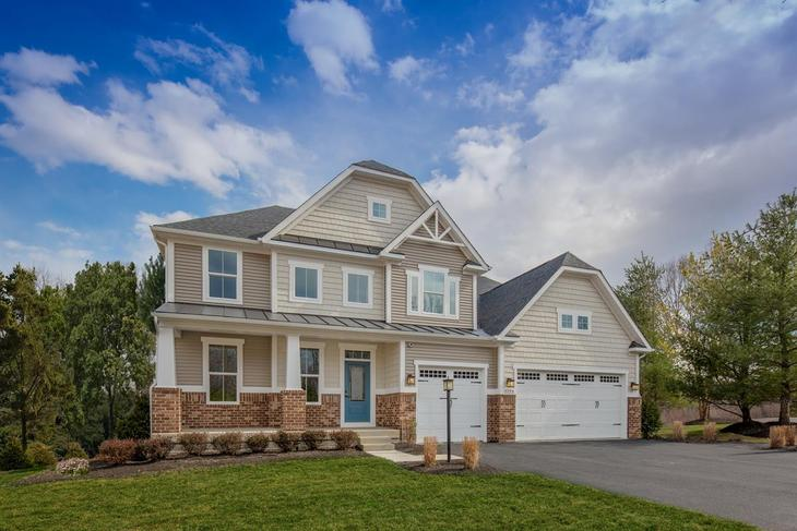 WELCOME HOME TO WARRENTON CHASE:Single-family homes in a unique, wooded community with spacious homesites and amenities - less than 1 mile to charming downtown Warrenton!