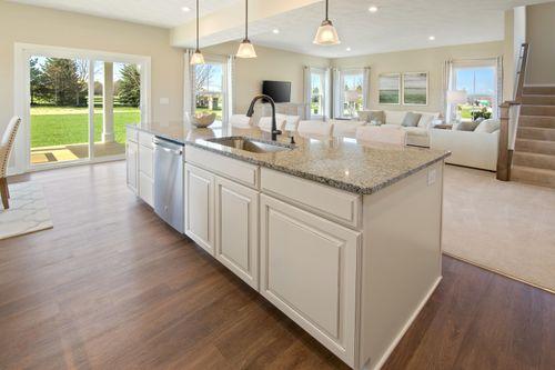 Greatroom-and-Dining-in-Columbia-at-Piatt Estates-in-Washington