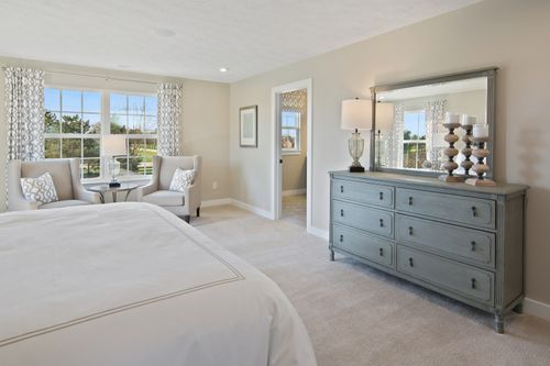 Bedroom-in-Columbia-at-Piatt Estates-in-Washington