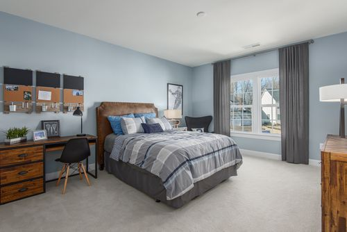 Bedroom-in-Longwood-at-Fairwood-in-Bowie