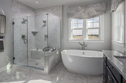 Bathroom-in-Longwood-at-Fairwood-in-Bowie