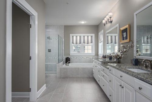 Bathroom-in-Longwood-at-Lake Linganore Oakdale-in-Ijamsville