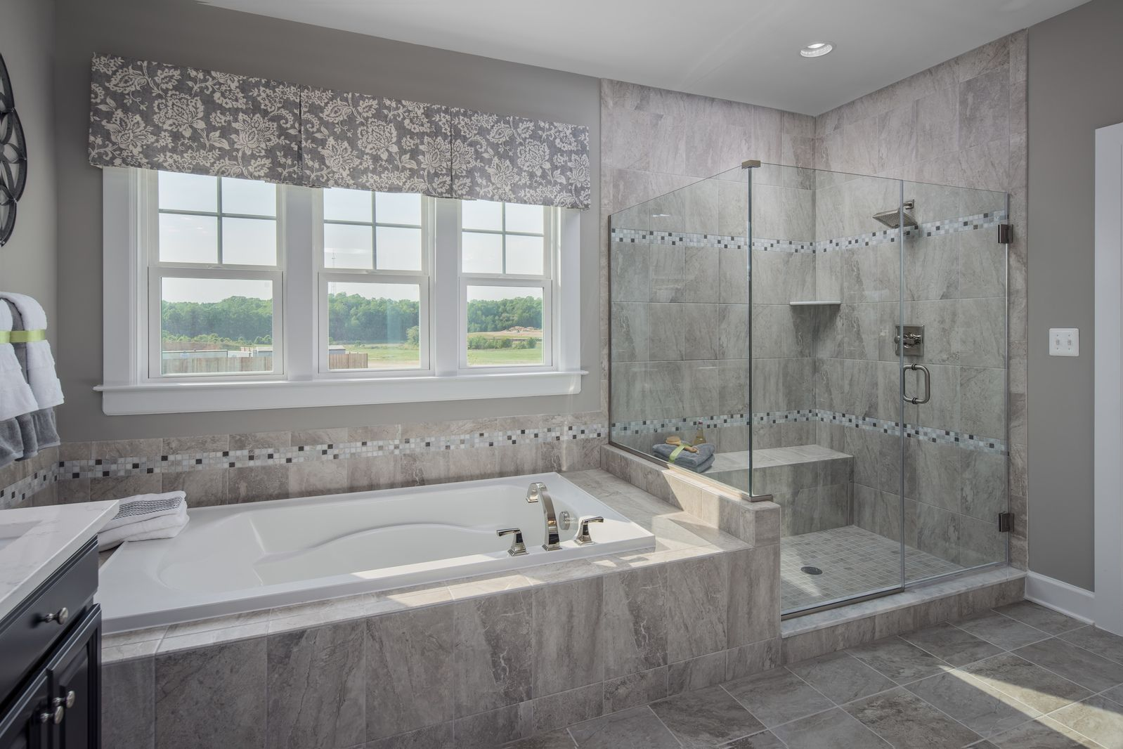 Bathroom-in-Tyler-at-Lake Linganore Oakdale-in-Ijamsville