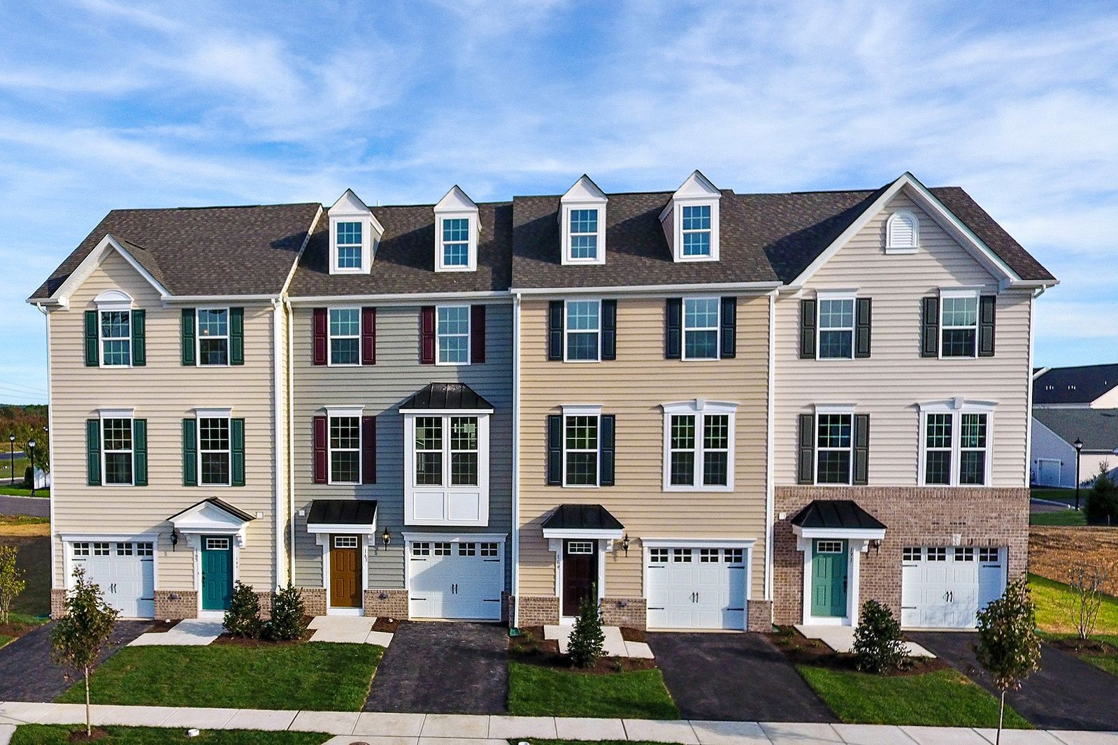WELCOME TO WHITEWOOD VILLAGE:Lowest price for a new townhome in Newark with included garage and deck, overlooking your back yard with lawn care included.Click here to schedule your appointment today.