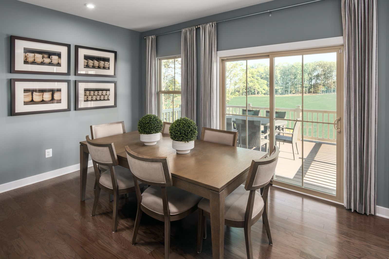 Living Area featured in the Roanoke By Ryan Homes in Akron, OH
