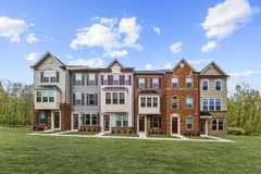 3027 BRETON RIDGE WAY (Clarendon)