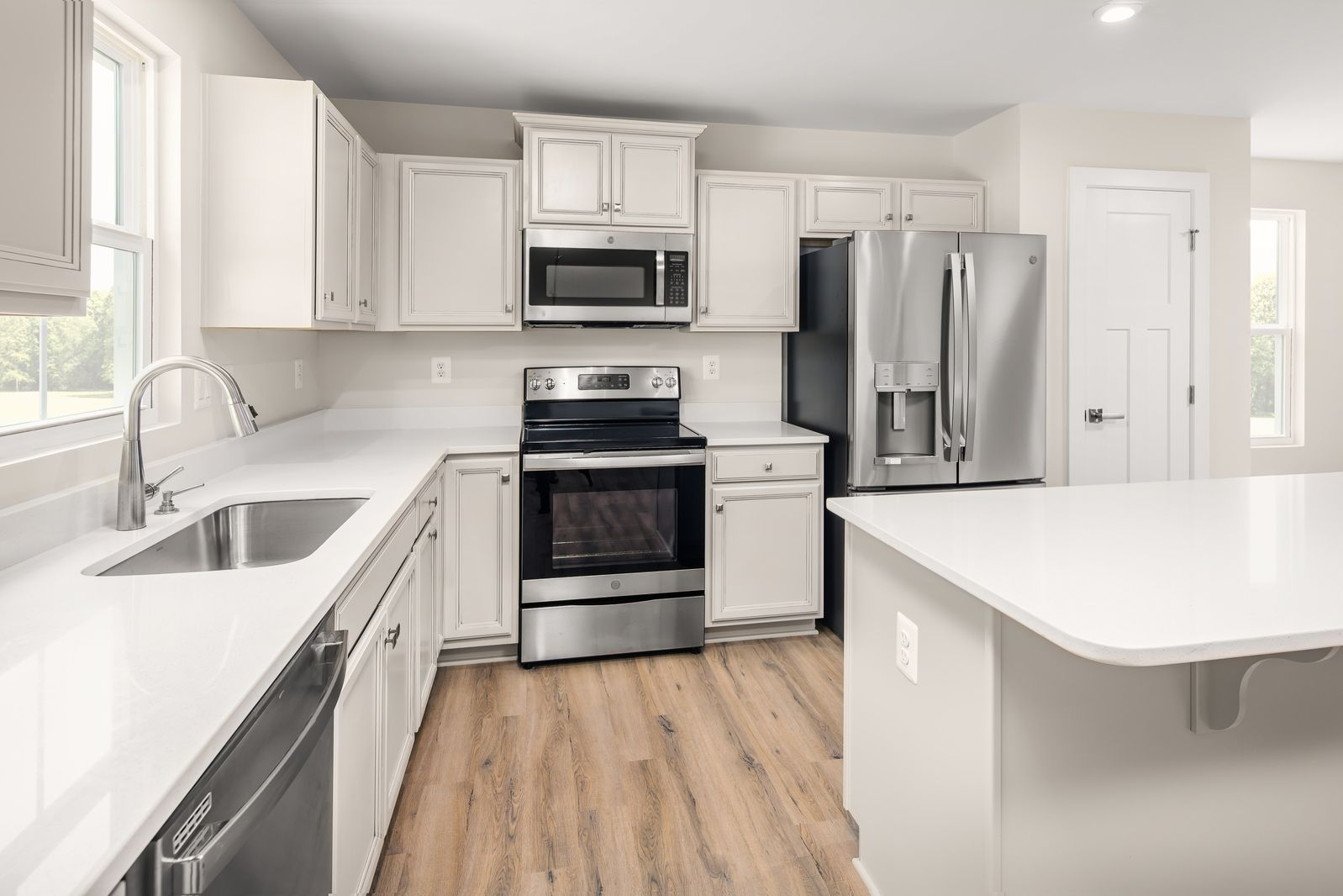 Kitchen featured in the Grand Cayman By Ryan Homes in Columbus, OH