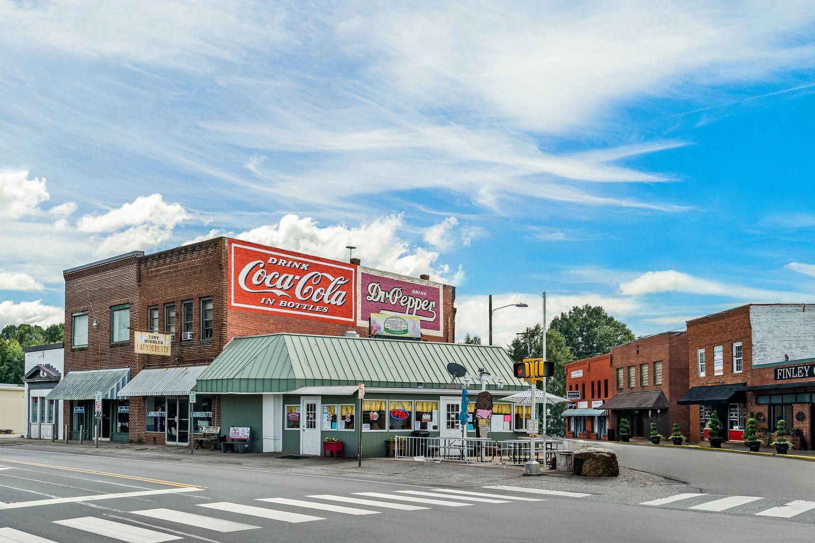 'Weathers Creek' by Ryan Homes-CTN in Charlotte