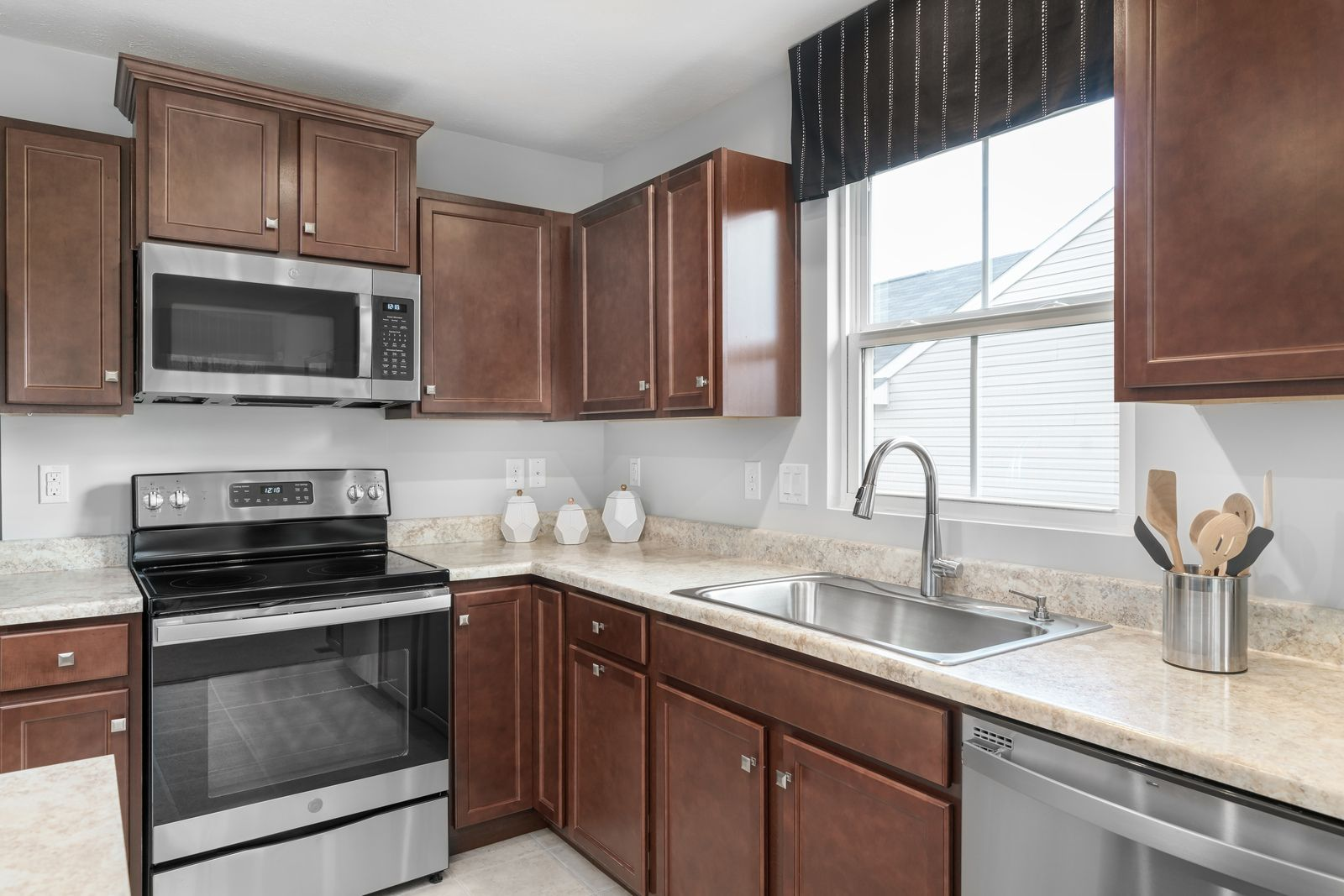 Kitchen featured in the Aruba Bay By Ryan Homes in Norfolk-Newport News, VA