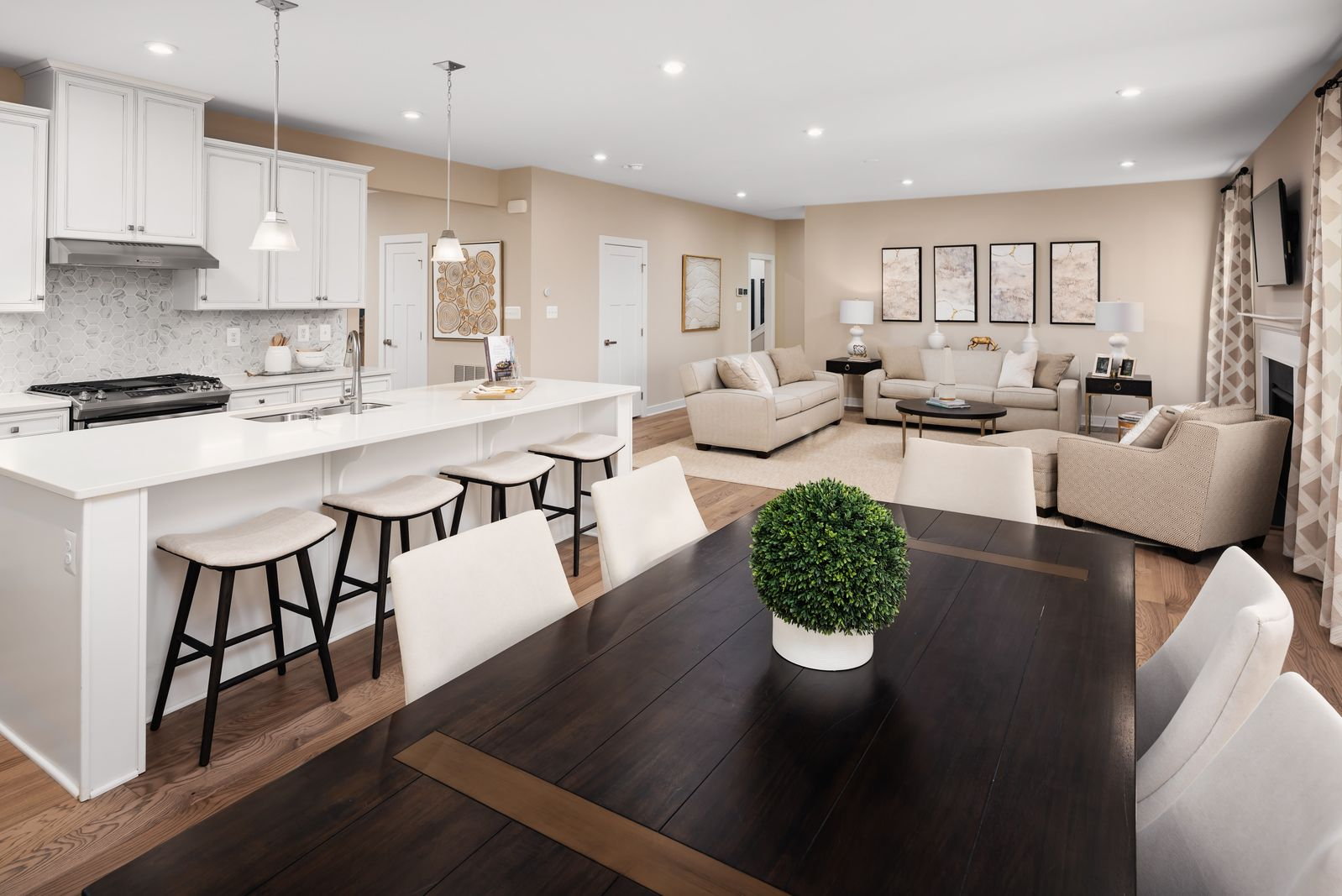 Living Area featured in the Saint Lawrence By Ryan Homes in Washington, MD