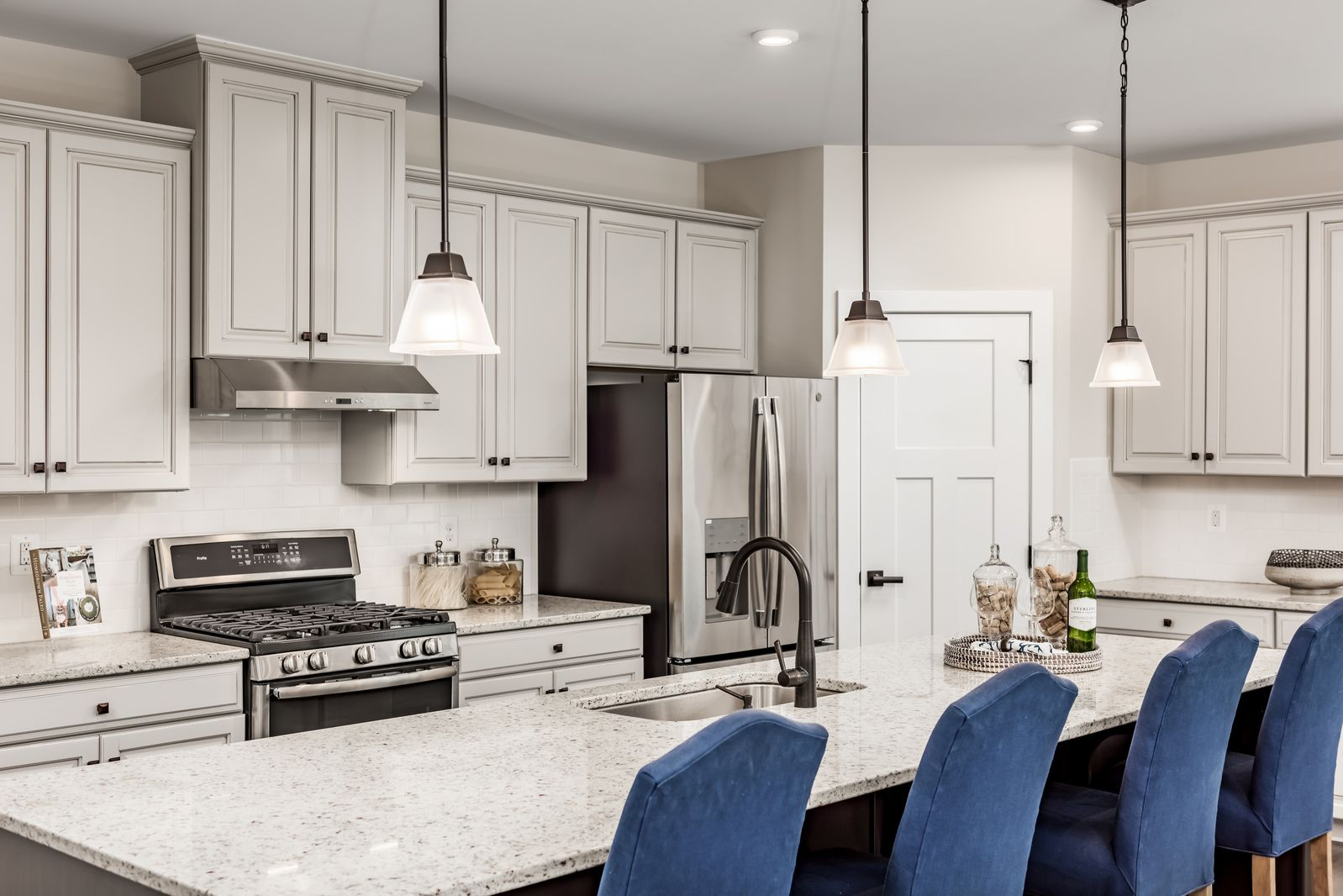 Kitchen featured in the York at Hartland By Ryan Homes in Washington, VA
