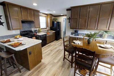 Oak Creek Homes - Single & Multi-Section Floor Plans