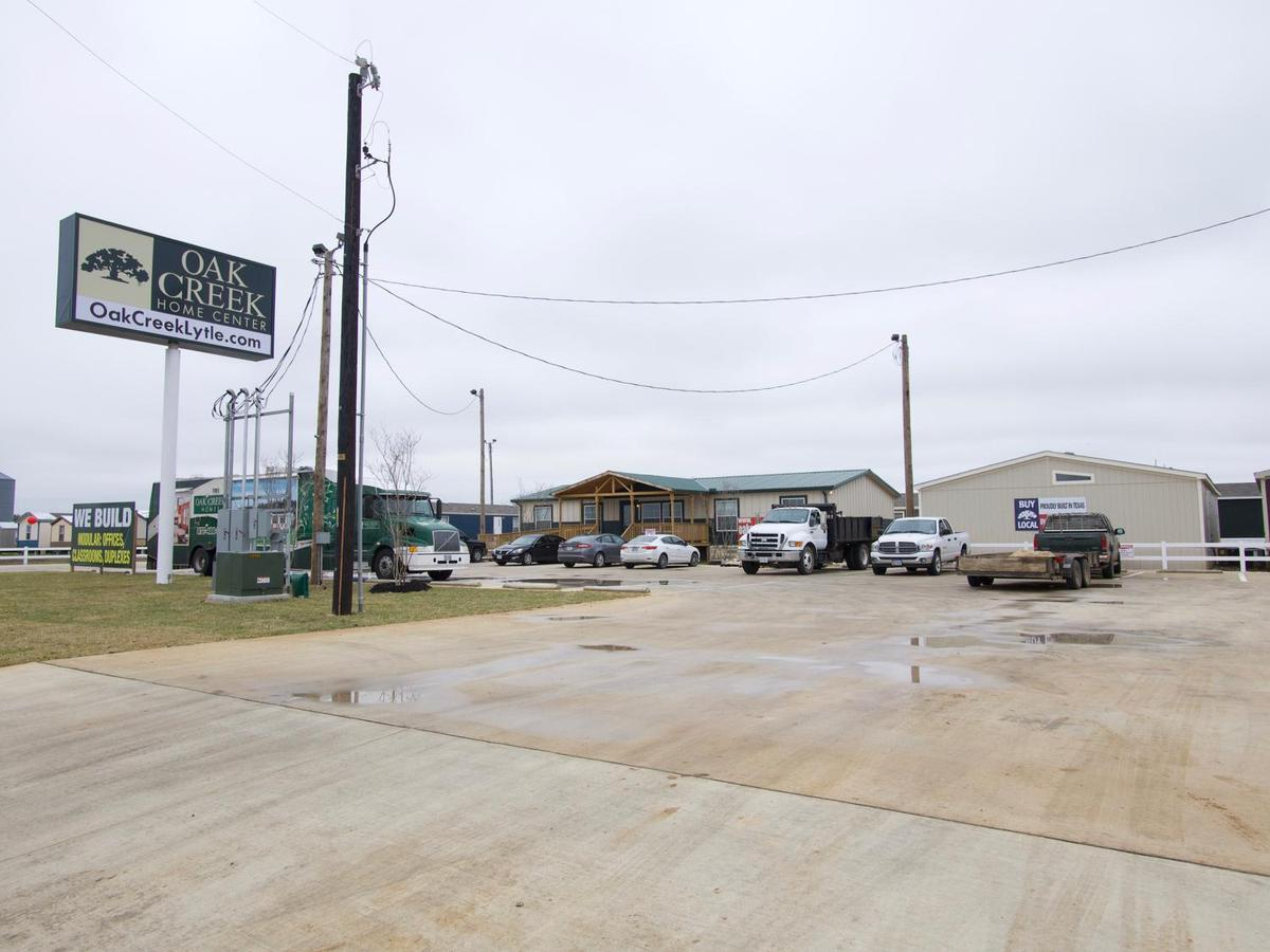 Manufactured Homes in Lytle, TX - Oak Creek Homes