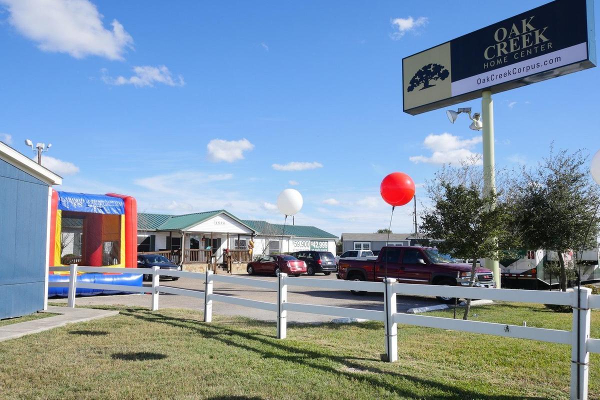 Oak Creek Homes Corpus - 1574 N Padre Island Dr  Corpus Christi, TX 78408