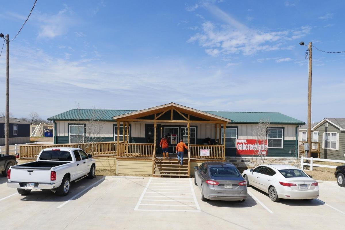 Oak Creek Homes Lytle - 20305 Interstate 35 S  Lytle, TX 78052
