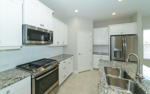 Kitchen-in-Elation-at-Canoe Creek-in-Parrish
