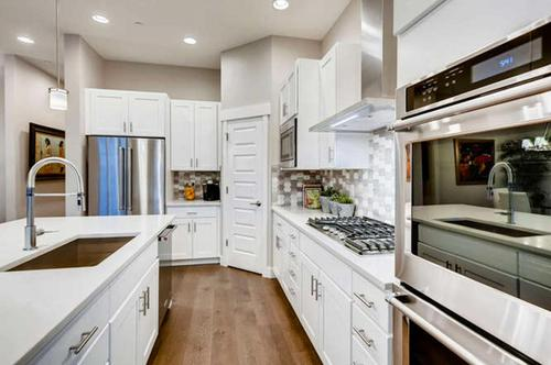 Kitchen-in-Flagstaff-at-Hyland Village-in-Westminster
