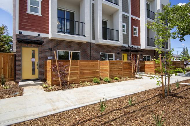3336 S Street (Residence One)