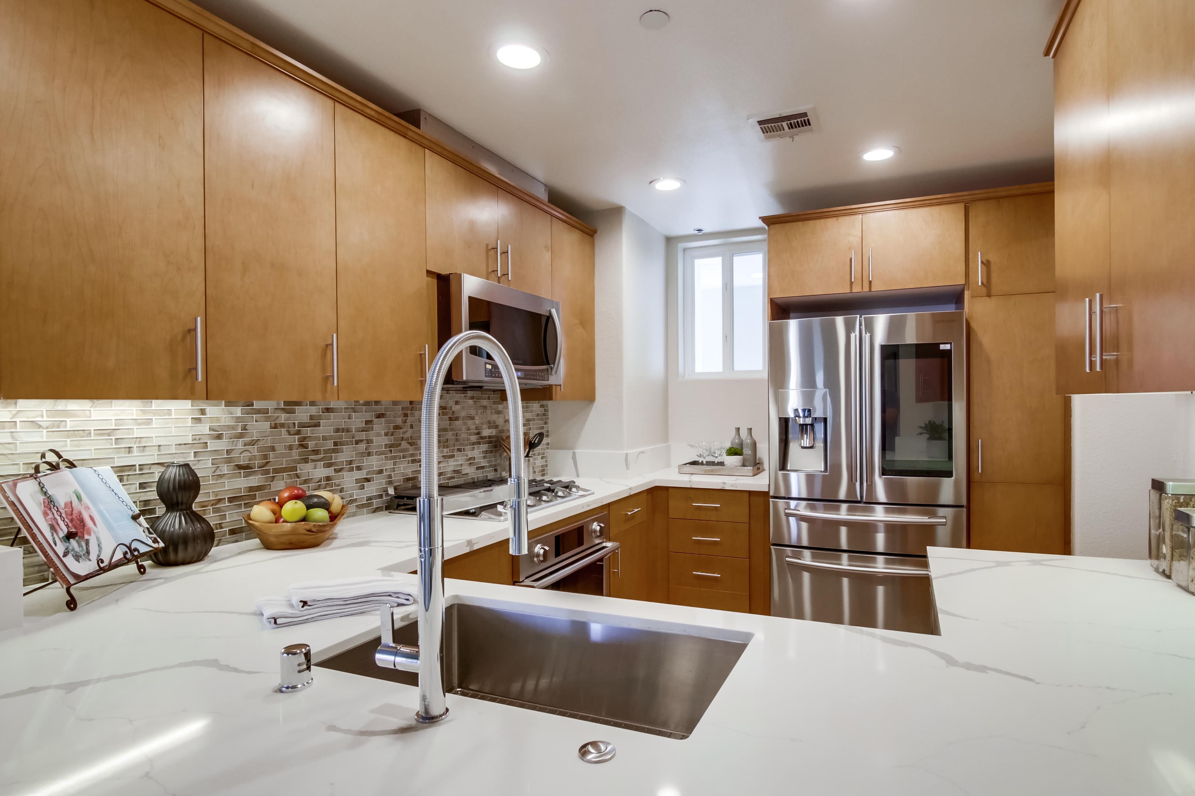 Kitchen featured in the #403 By Next Space Dev - Epic on 5th in San Diego, CA