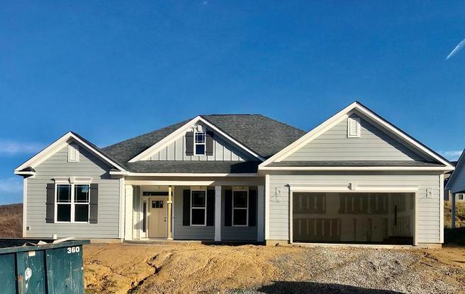 The Dunhill at Bedford Farms:Single Level Home