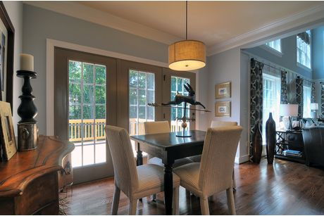 Breakfast-Room-in-Arlington-at-Overbrook Manor-in-Concord