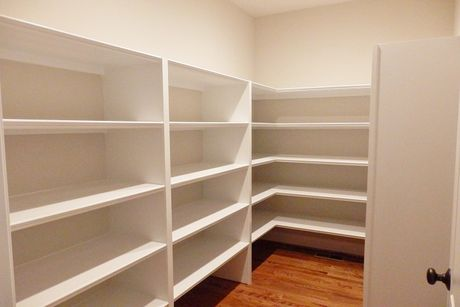 Pantry-in-Greenwood-at-Robinson Ridge-in-Mooresville