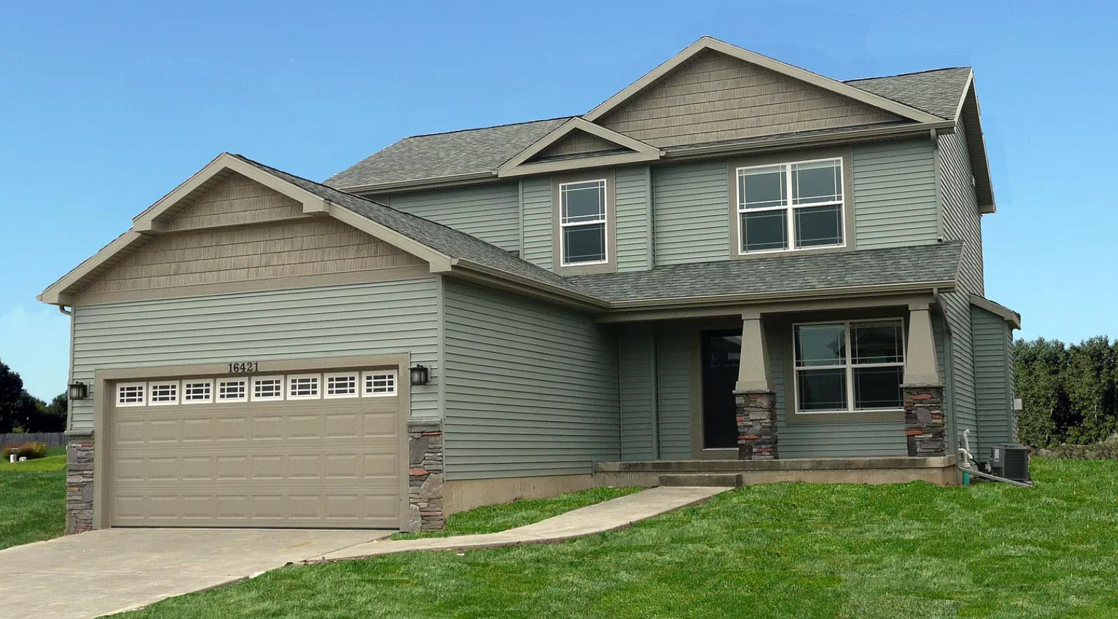 Exterior featured in the Hartford By Oak Ridge Homes in Lansing, MI