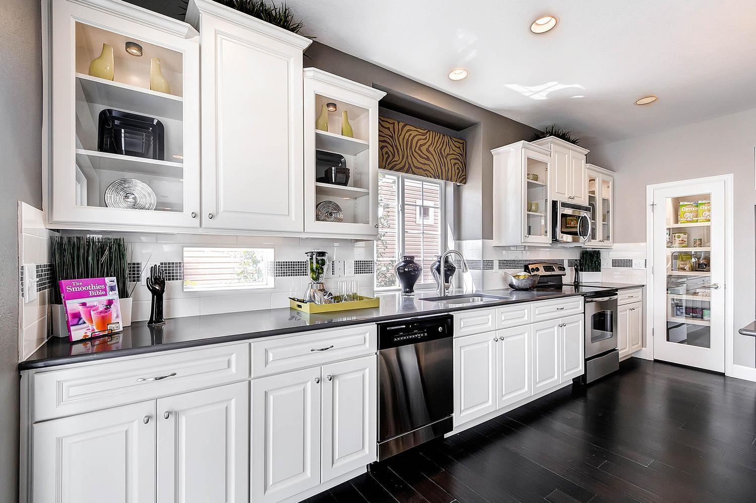 Kitchen featured in the Yampa By Oakwood Homes Colorado in Fort Collins-Loveland, CO