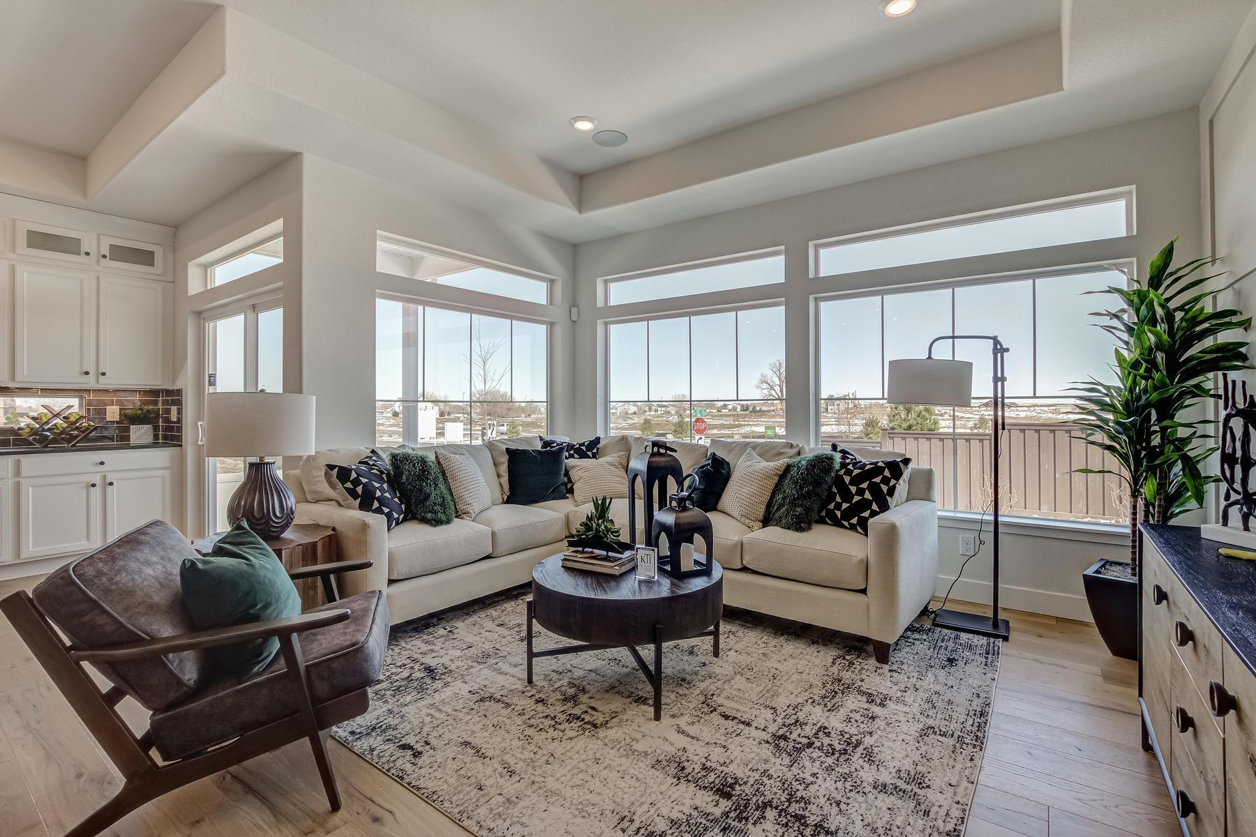 Living Area featured in the Dillon  By Oakwood Homes Colorado in Denver, CO