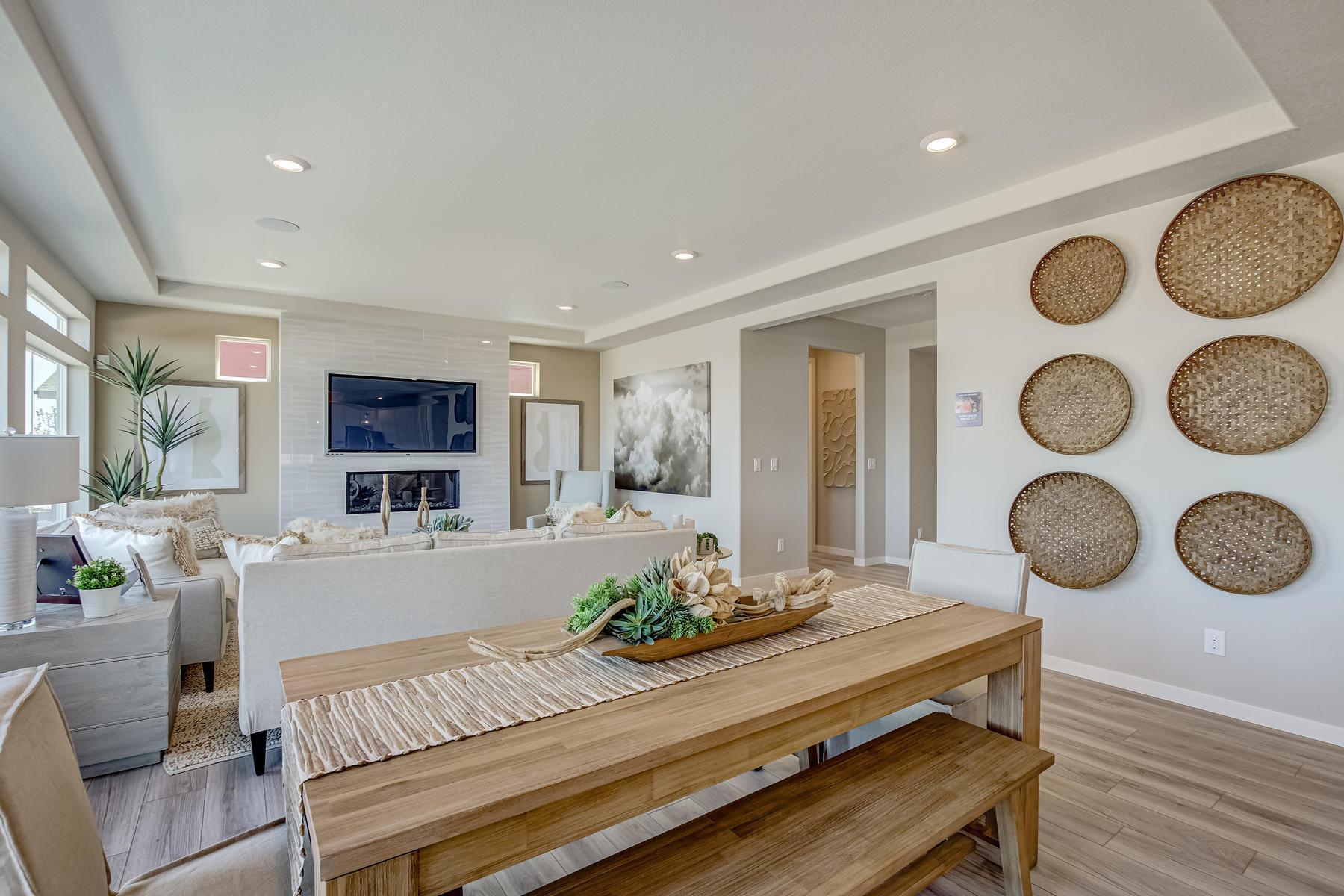 Living Area featured in the  Branson  By Oakwood Homes in Denver, CO