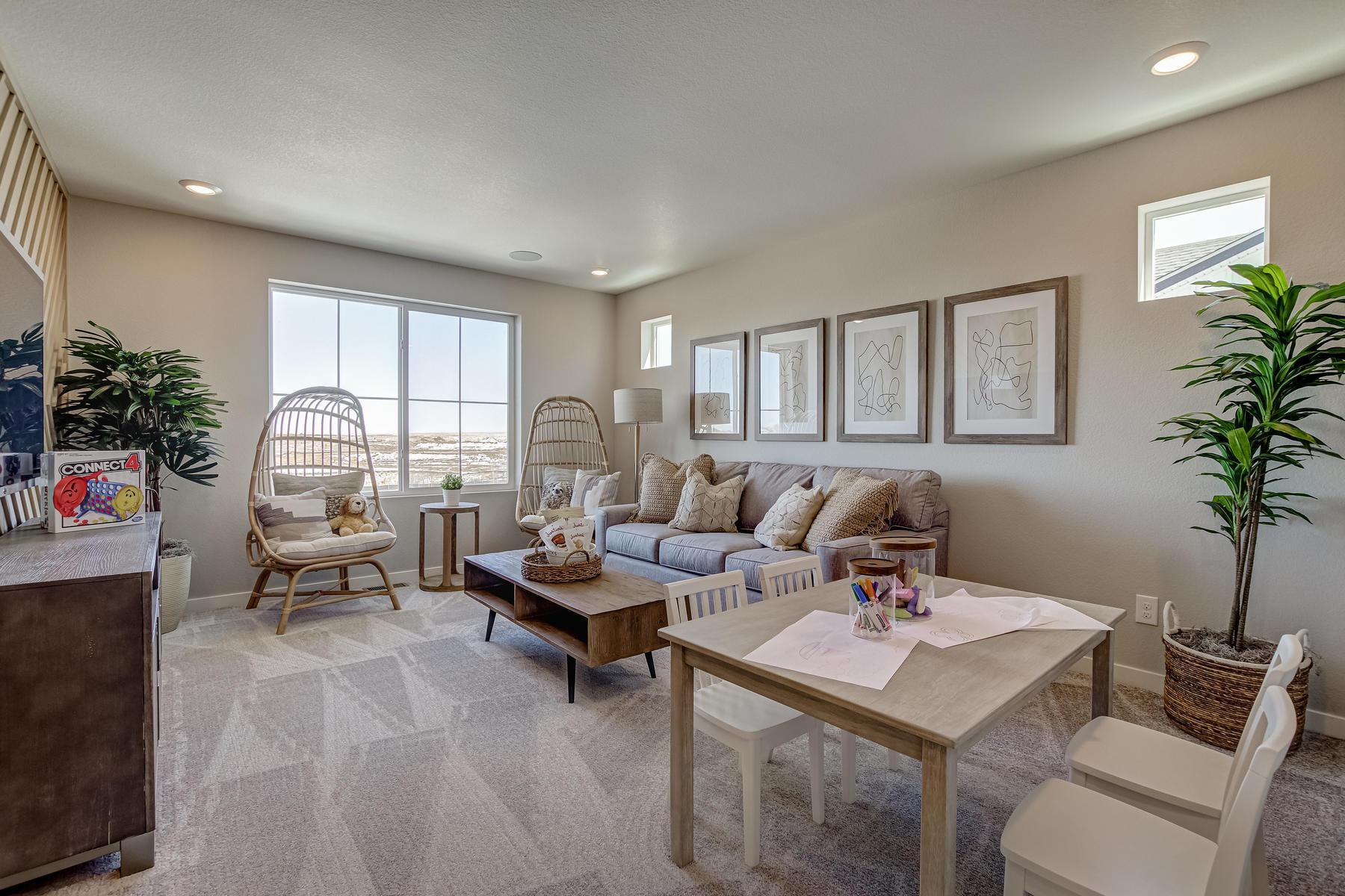 Living Area featured in the  Branson  By Oakwood Homes Colorado in Denver, CO