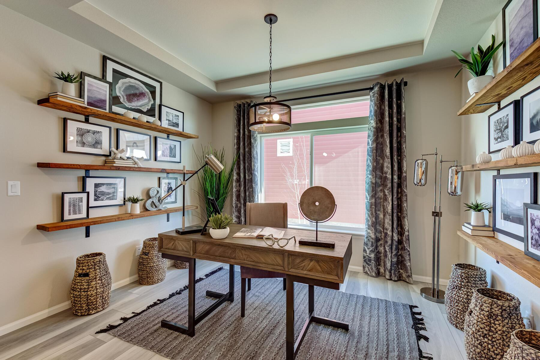 Living Area featured in the Summit By Oakwood Homes Colorado in Denver, CO