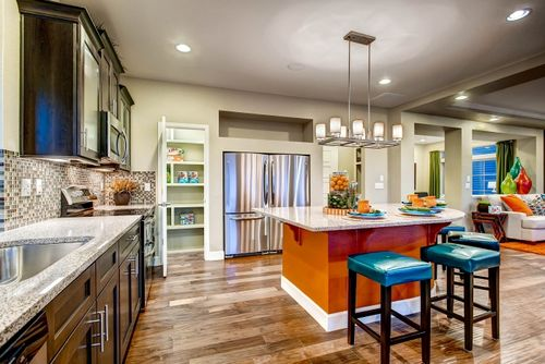 Kitchen-in-Yampa-at-Reunion-in-Commerce City