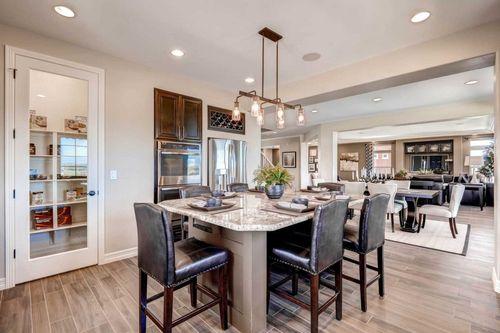 Kitchen-in-Barrington-at-Erie Highlands-in-Erie