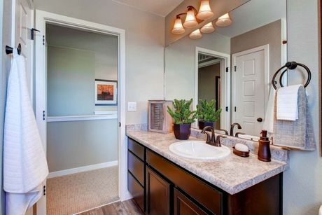 Bathroom-in-Randem-at-Thompson River Ranch-in-Johnstown