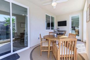 Plan 1A - Oxford Flats: Oxnard, California - Oakwood Communities Inc.
